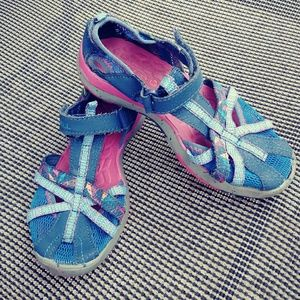 Girls active sandals/water shoes